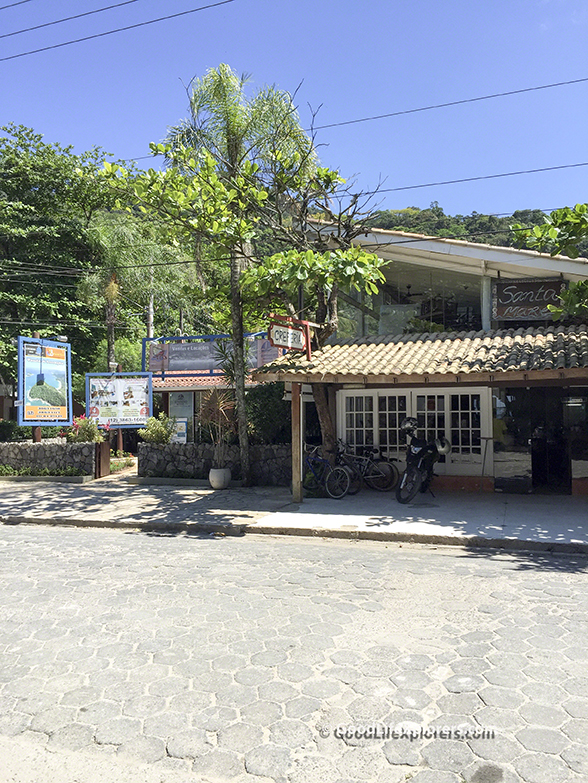 Store Front in Juquehy Creperia