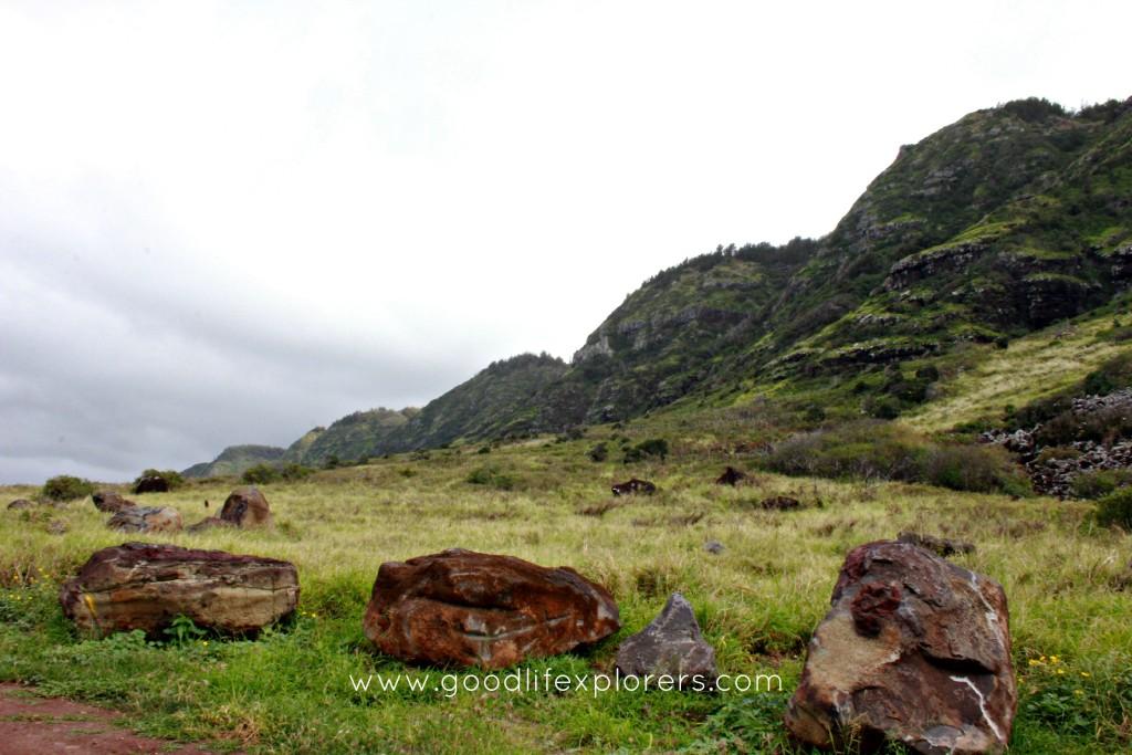 Kaena Point Mountain range in Oahu, Hawaii