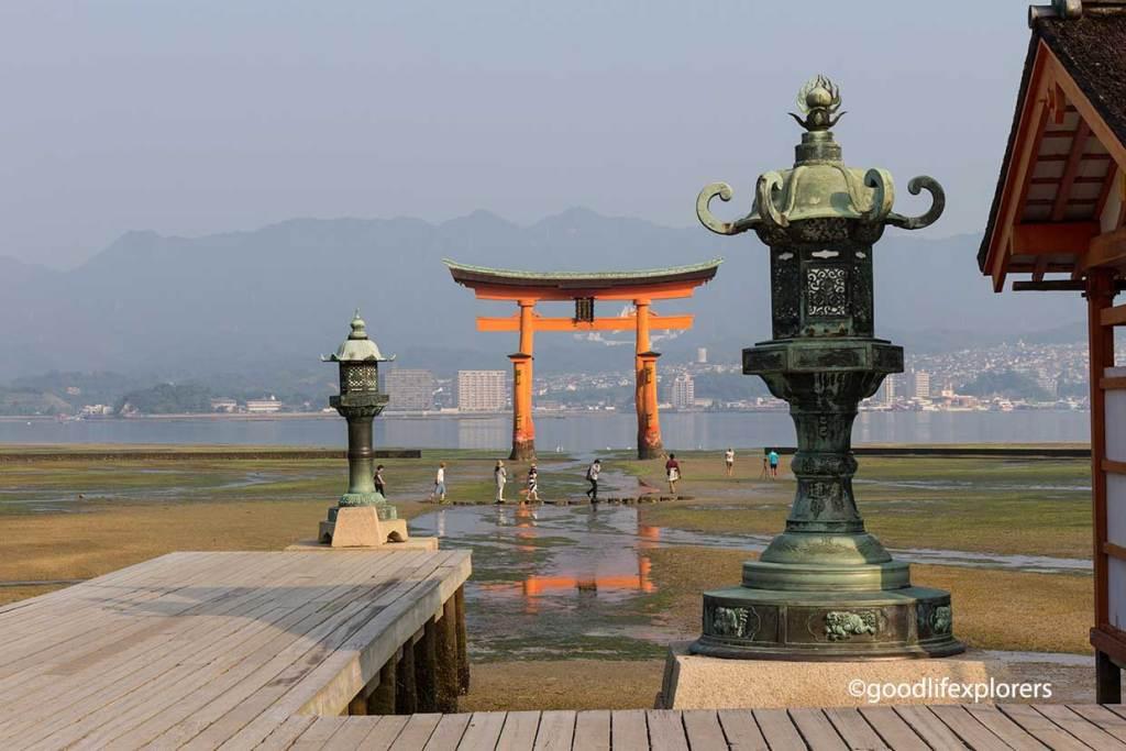 Itsukushima, Shrine, Shinto, Temple, Buddhism, Japan, Miyajima, Island, Hiroshima, Nature, culture, travel, travelblog, vlog