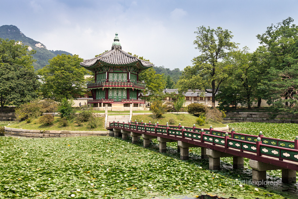 Gyeongbokgung Palace's Okhoru Pavilion where Queen Min was assassinated
