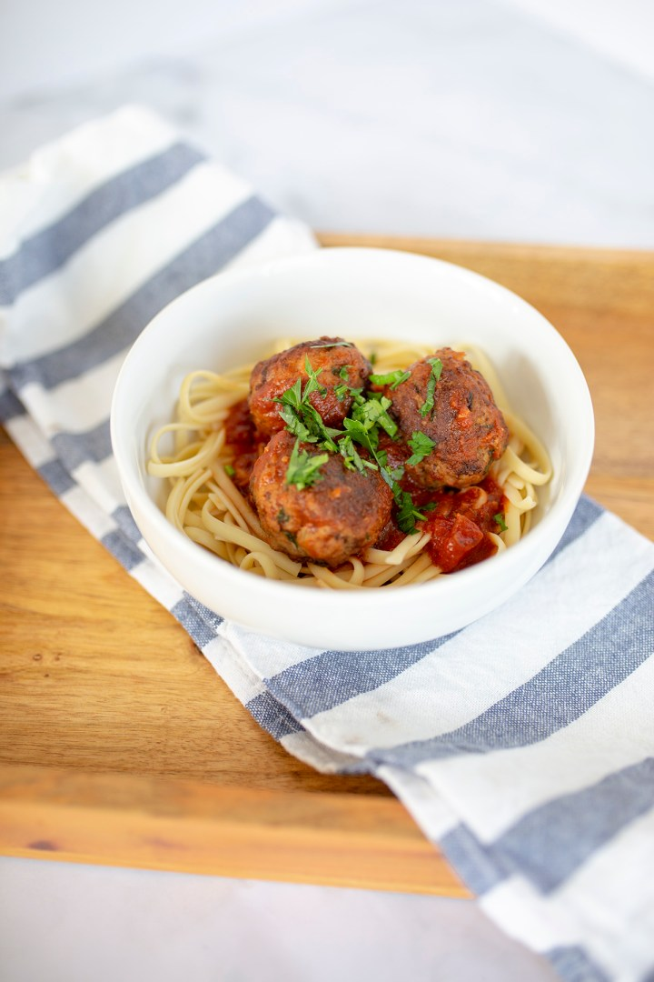 affordable, appetizer, cheap, crock pot, freezer meal, game day, ground turkey, healthy, meal, pasta, slow cooker, turkey meatballs