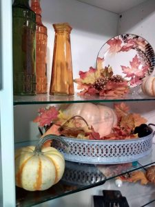 Shelves autumn 2