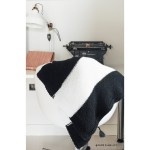 Black and white blanket to knit, DIY