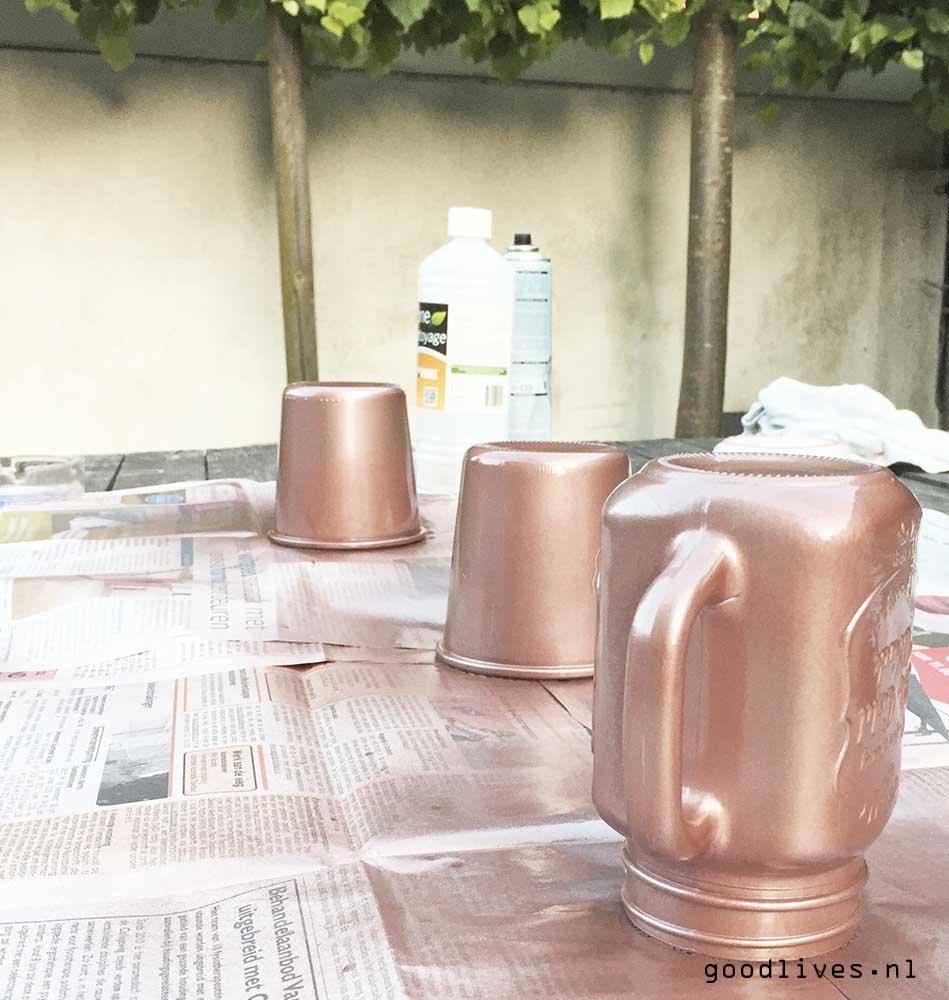 Painting mason jars DIY on Goodlives.nl