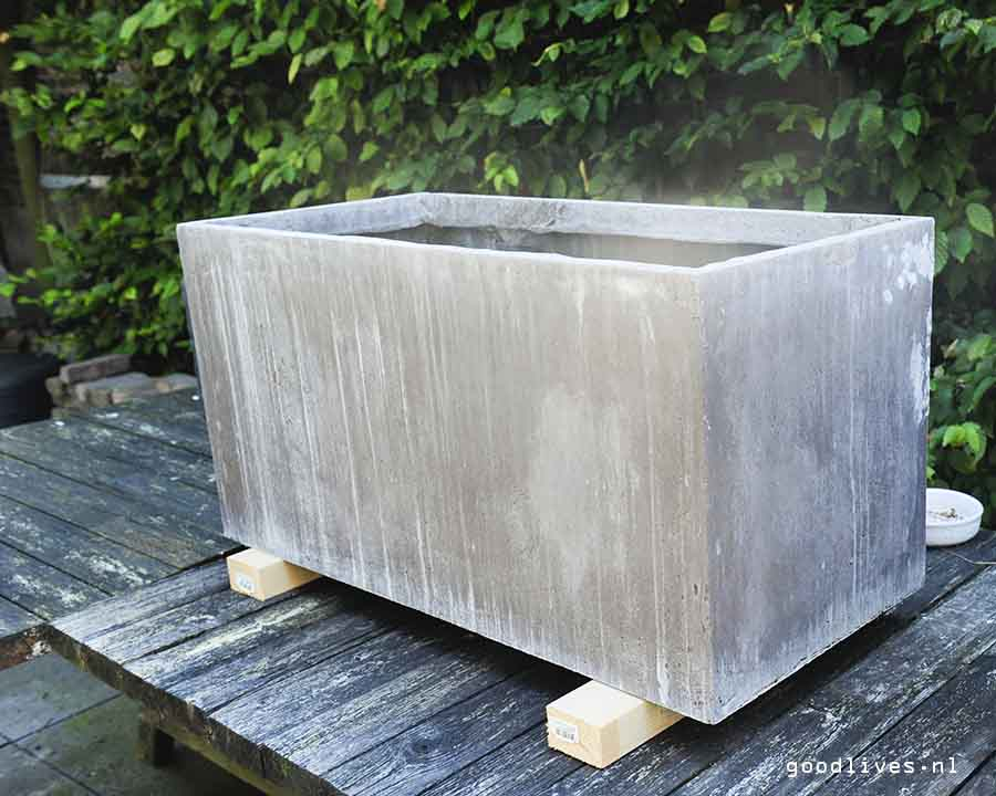 Langwerpige Houten Plantenbakken Voor Buiten.Pimp Een Plantenbak Van Fiber Clay Goodlives