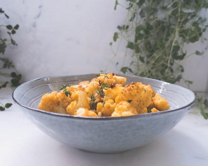 ovnsbakt blomkål med hvitløk og parmesan