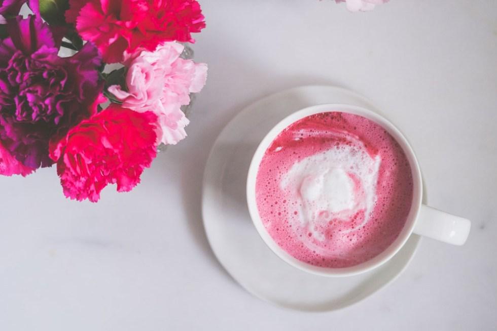 pink latte rødbet latte