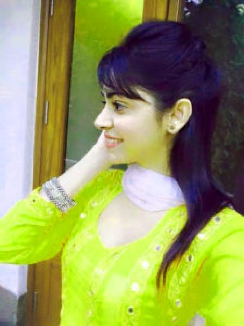Stylish Girls Whatsapp DP Profile Images pics pictures free hd