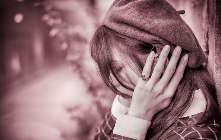 Sad Lonely Crying Girl Hd Wallpapers Top 30 Sad Dp Girl Images Free Download To Best Quality