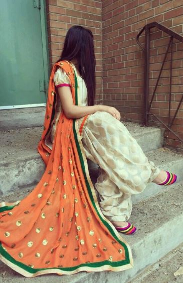 Top Punjabi Girl Wallpaper Top 30 Punjabi Girls Dp Punjabi Kudi Wallpapaers
