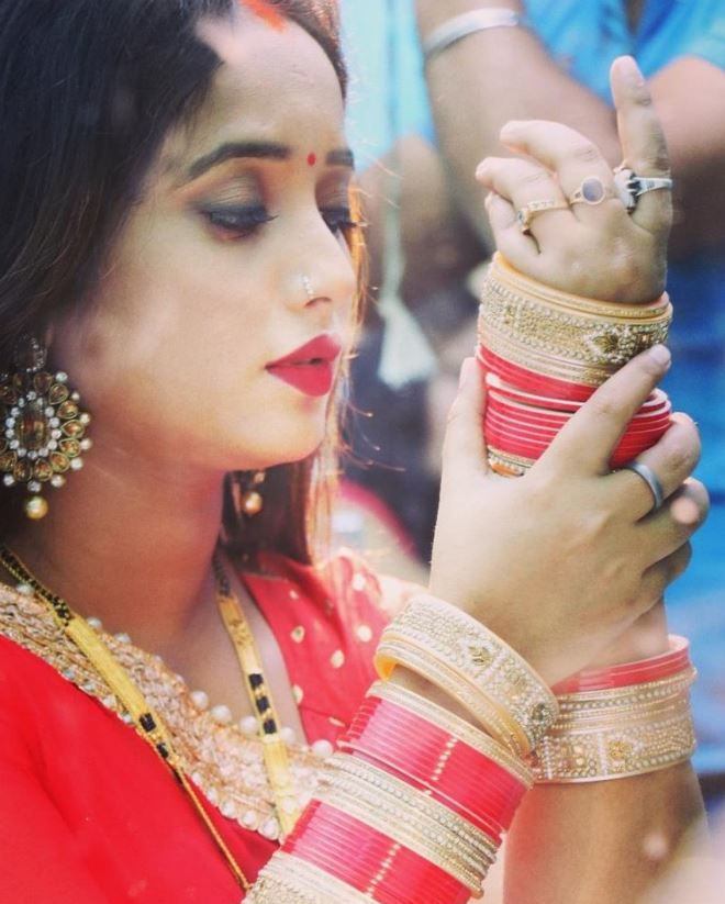 Cinema Wallpapers With Quotes Rani Chatterjee Photo Images Wallpapers Bhojpuri Profile