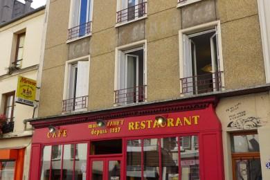 Restaurant and MissTIc painting - rue des Cinq Diamants