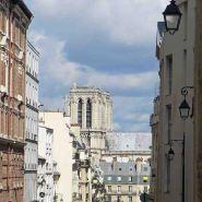 Paris-Notre dame from the place du Pantheon