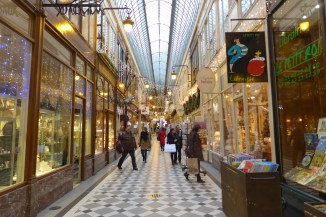 Passage Jouffroy-Paris-checkerboard floor and glass roof