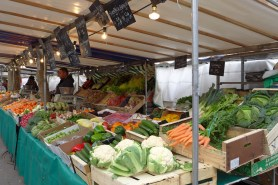 Marche Monge Paris-fruit and vegetable