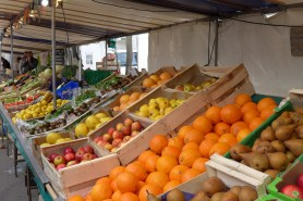 Marche Monge Paris-organic fruit