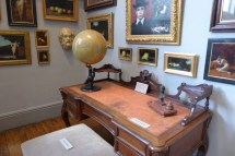 Musee Jean Jacques Henner-Paris-Henner's desk