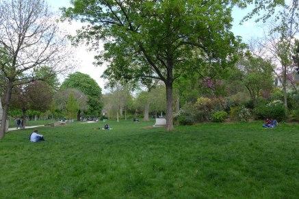 Parc Monceau Paris - Lawn