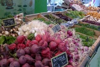 Marche-Saxe-Breteuil-Paris-Beetroots, onions, lettuce,...