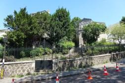 Montmartre-Place jean Baptiste Clement