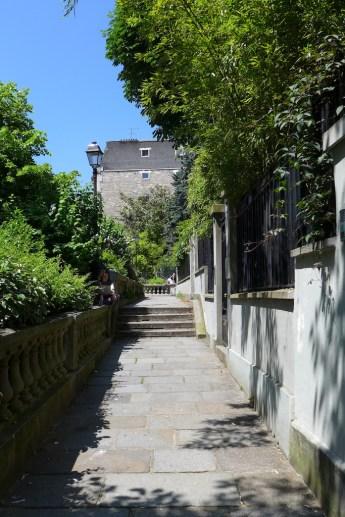 Montmartre-Paris-allee des brouillards-01