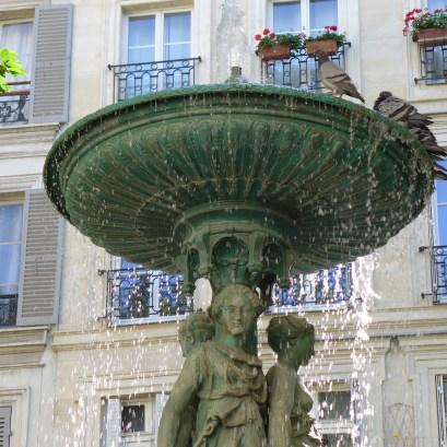 Fountains Paris-cite trevise-04