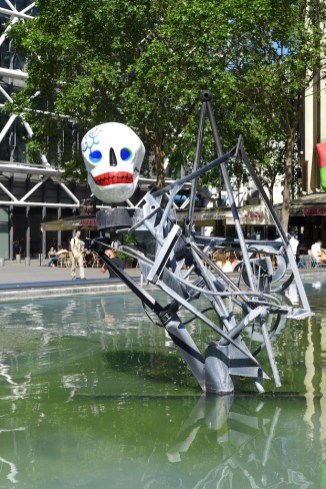 Fountains Paris-fontaine stravinsky-04