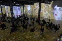 Atelier des lumieres-Paris-Klimt et l or-01
