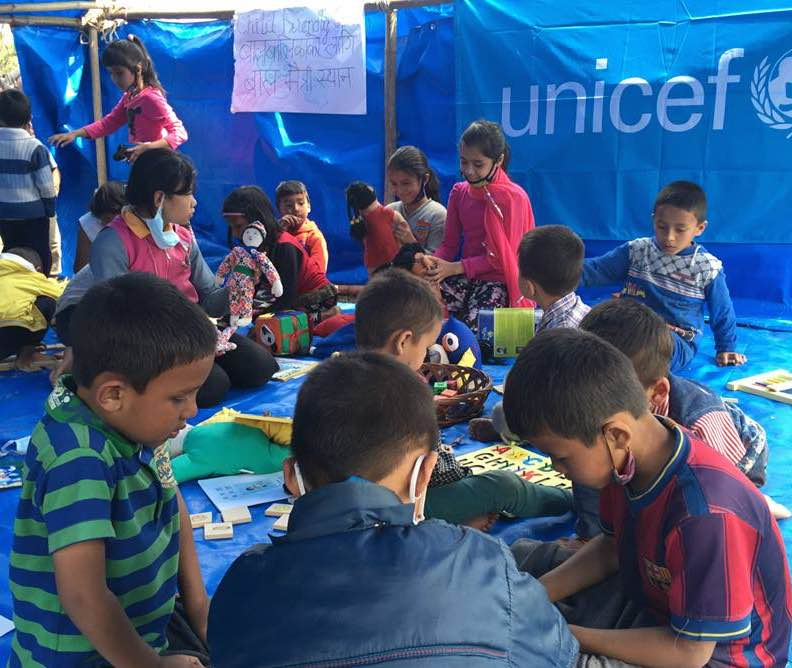 UNICEF-art-therapy-after-earthquake-Nepal