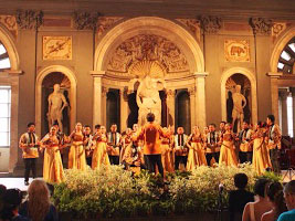The UST Singers perform in Italy