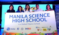 Public schools receive Globe fiber internet connection