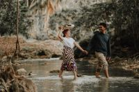 Amorsolo paintings-inspired prenuptial photos of Cebuano couple go viral online