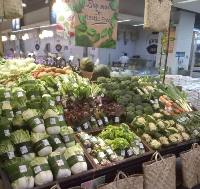 Supermarket Banana Leaves Packaging
