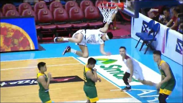 Ricci Rivero slam dunks
