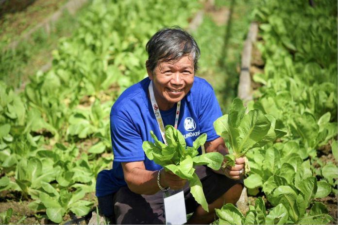 SM Foundation help farmers
