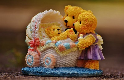 teddy bear images with family