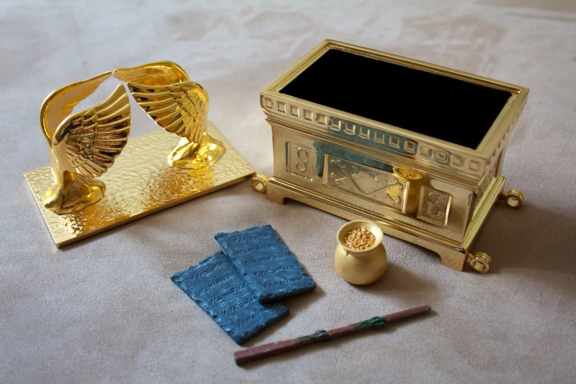 Free Bible Study: The Hebrew Tabernacle—A Model of Messiah – The