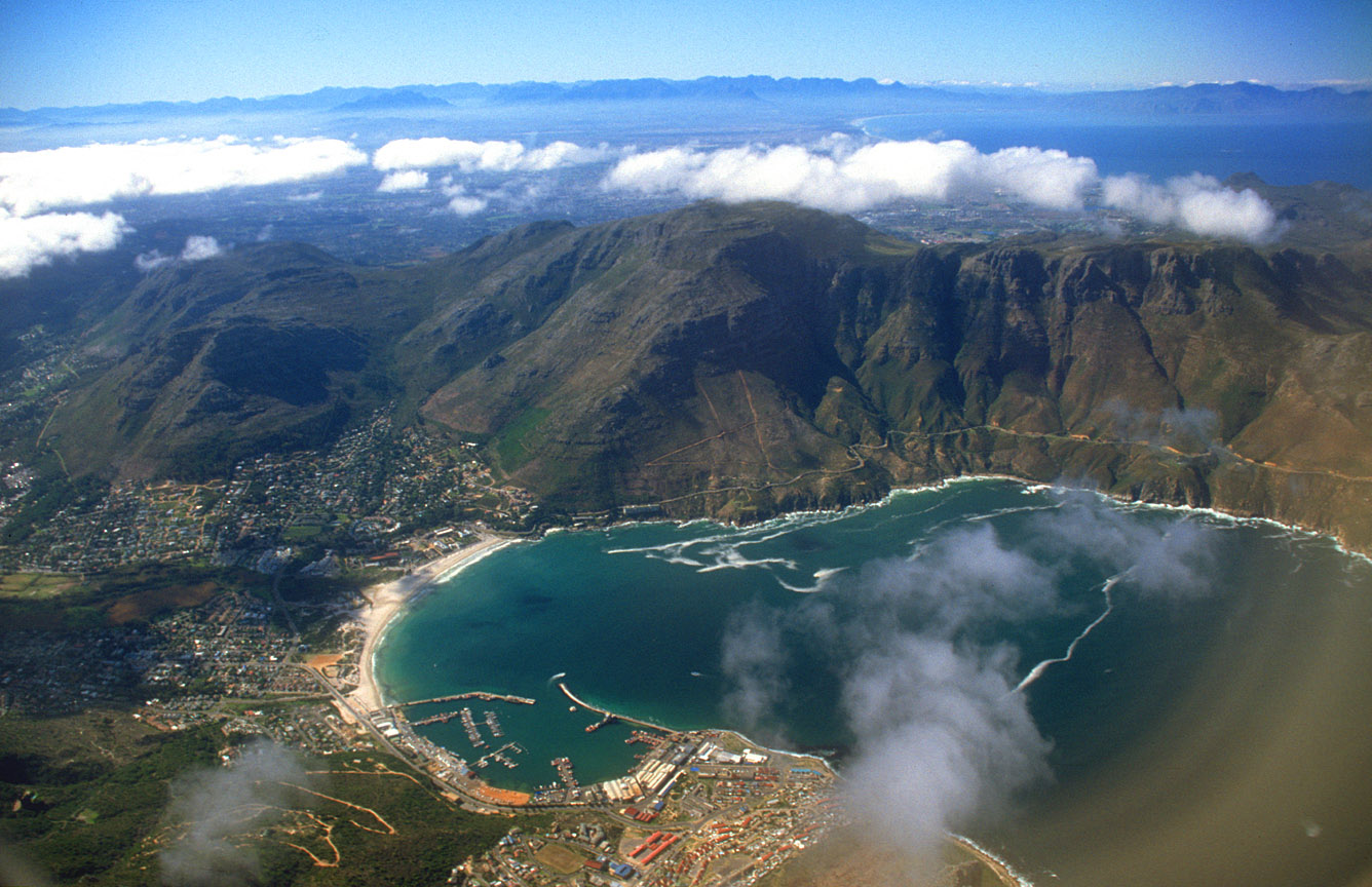 Watch The most beautiful visuals of Hout Bay from world