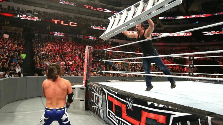 WWE TLC:James Ellsworth costs Dean Ambrose WWE World Title