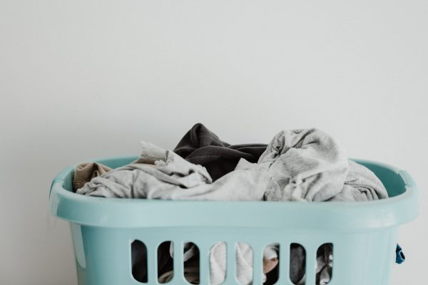 doing laundry while studying at home tips