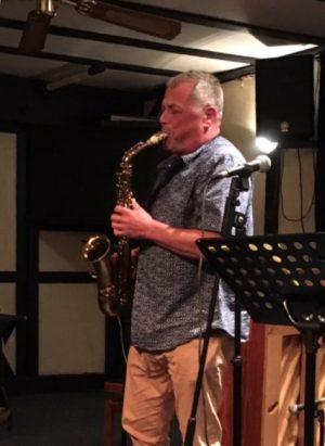 Pete Long – Saxophones & Clarinet