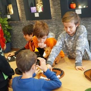 Çocuklar arkadaş ortamlarında sosyalleşirler