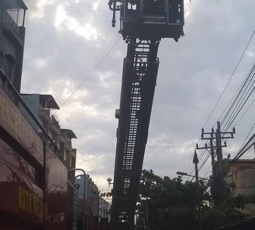 Polsek Medan Area Bergerak Cepat untuk Cek Kebakaran 5 Unit Ruko di Jl Rahmadsyah: 1 Orang Meninggal