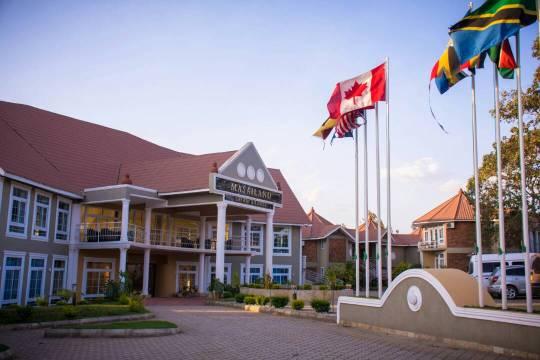 Masailand Safari & Lodge