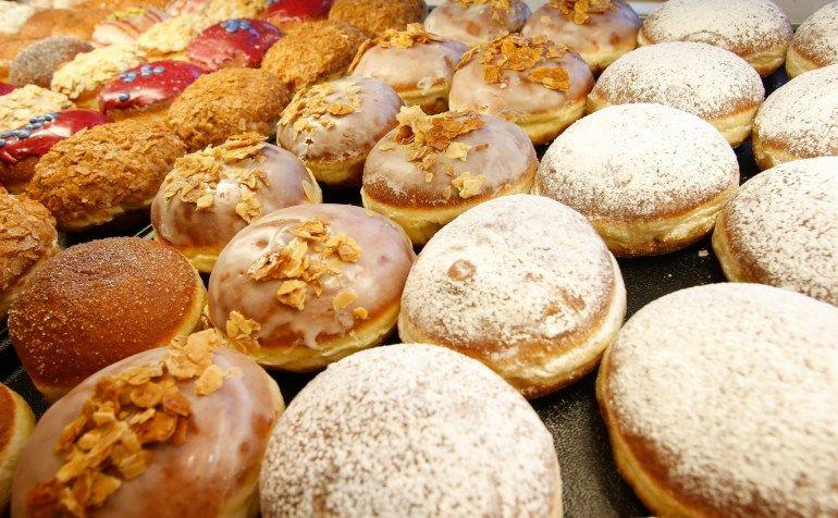 Самый оригинальный праздник Польши  - День Пончика или Жирный четверг
