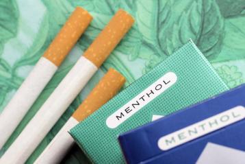 У Польщі назавжди зникнуть з магазинів  ментолові сигарети