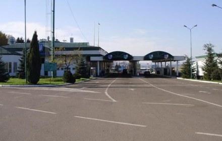 Україна просить Польщу відкрити для пішого перетину кордону перехід Шегині-Медика
