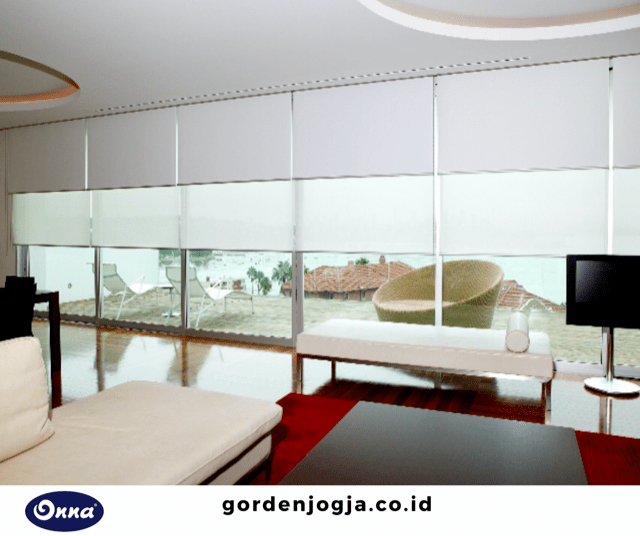 roller blind solar screen