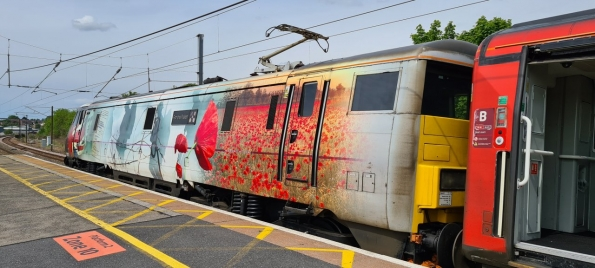 Class 91 - 91111 For The Fallen at Grantham railway station