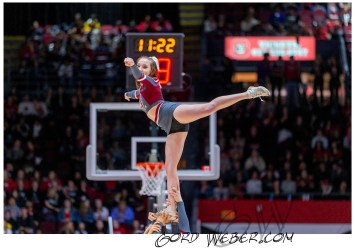 hoops2340